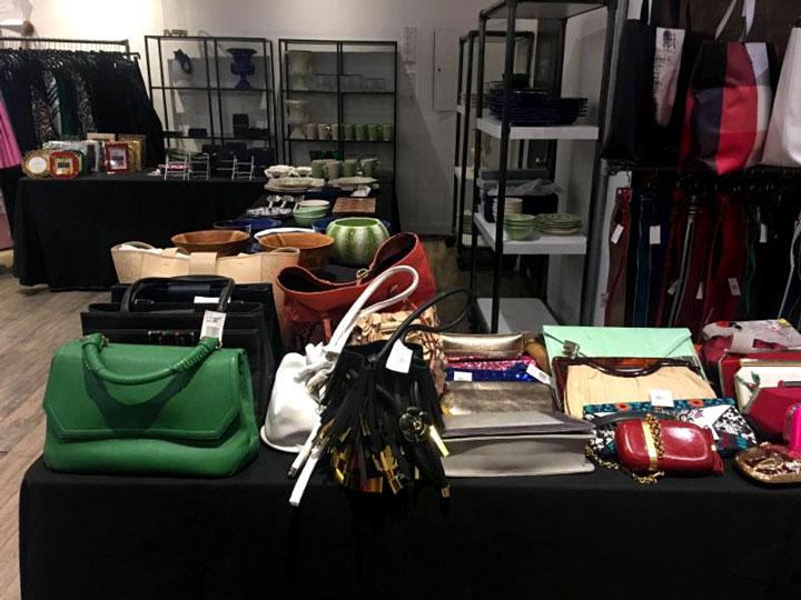 Oscar de la Renta Sample Sale Handbags