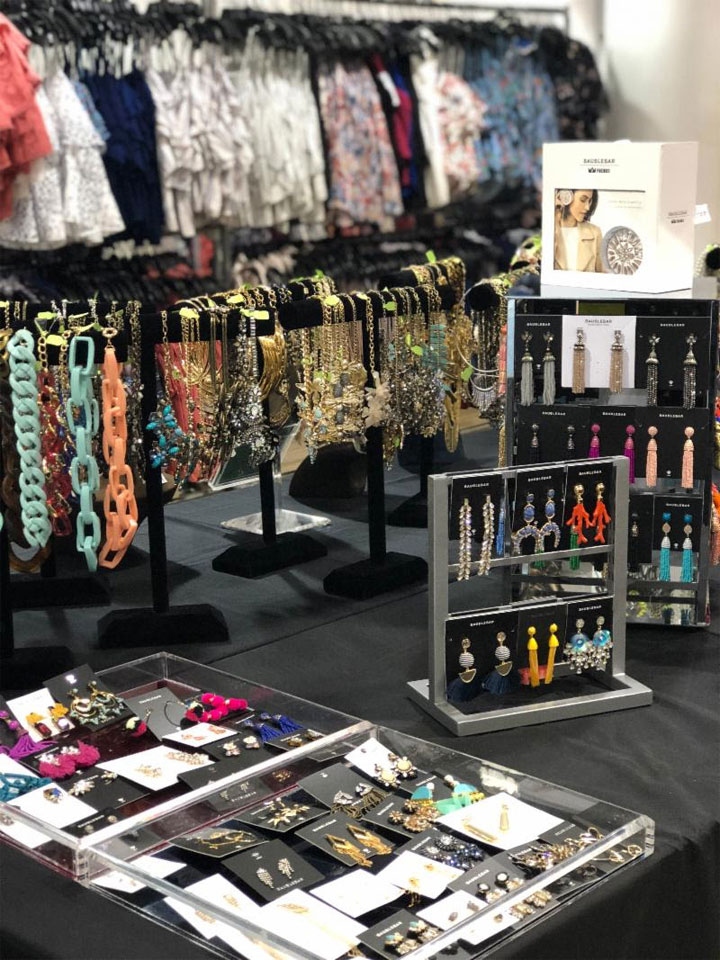 Pics from Inside the Parker + BaubleBar Sample Sale