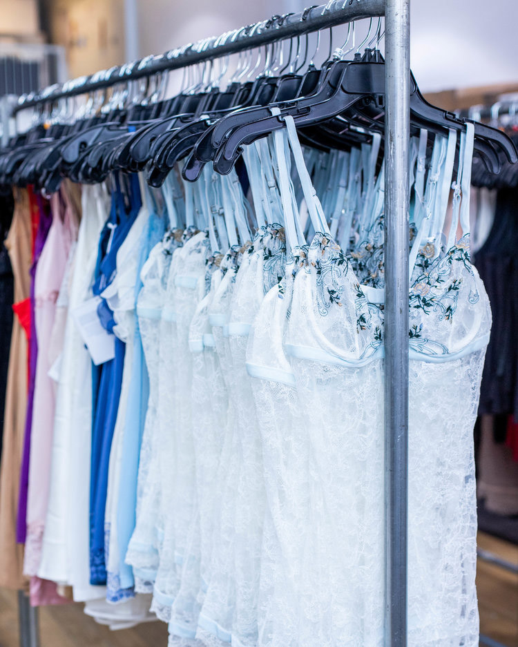La Perla Sample Sale in Images