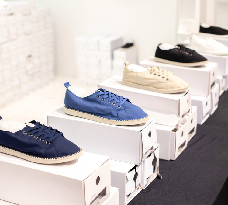 Onia Sample Sale in Images Footwear