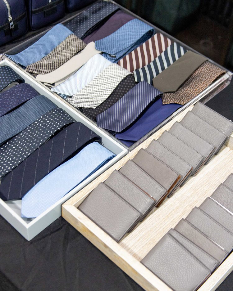 Theory Men's Sample Sale in Images Accessories