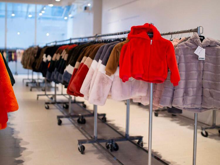 Apparis Sample Sale in Images