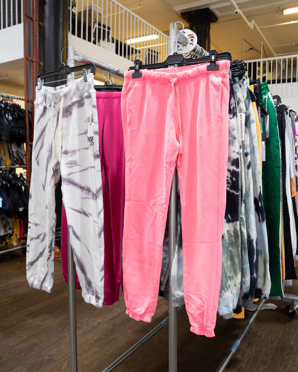 Bandier & S'well Sample Sale in Images
