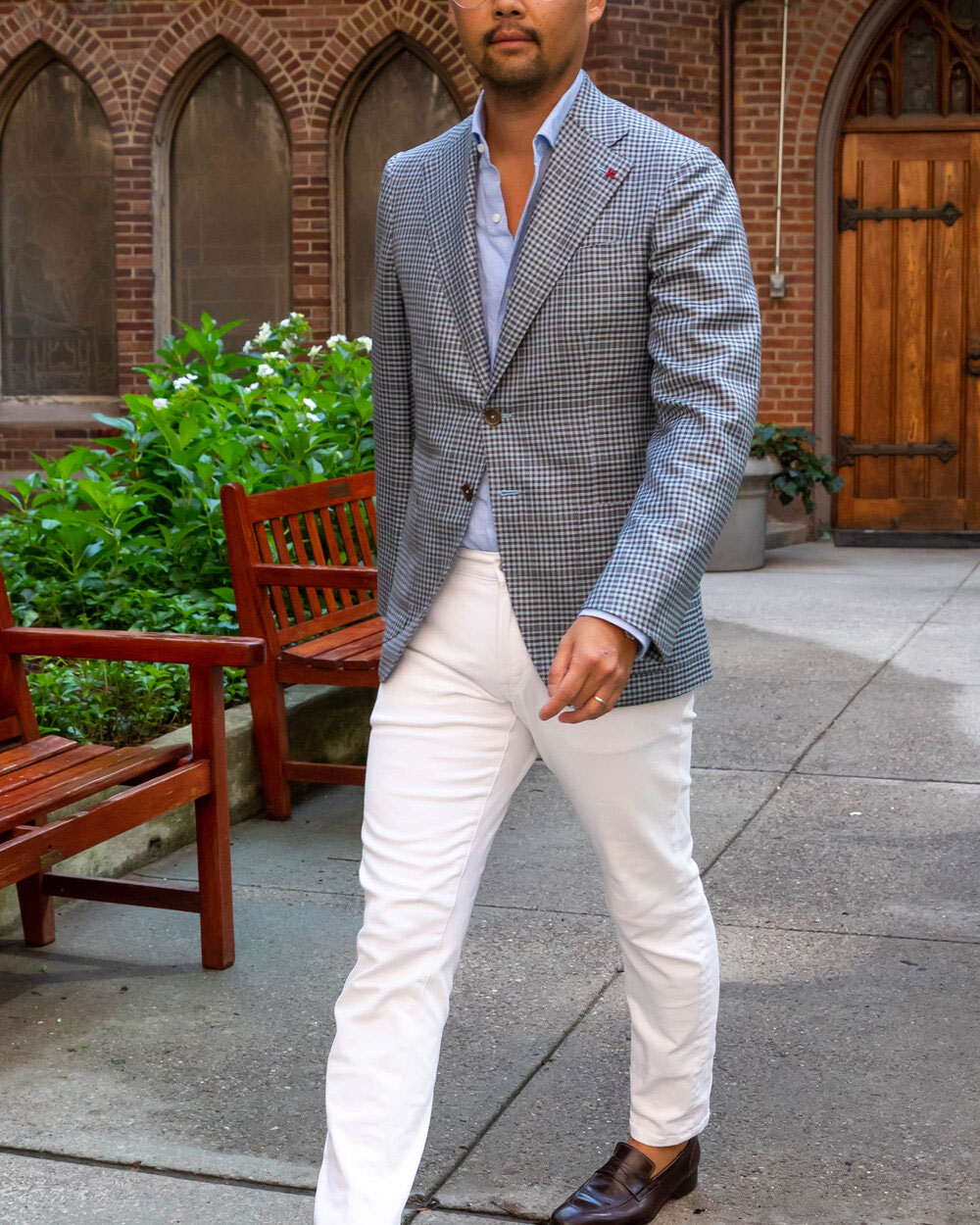 Isaia Sample Sale in Images