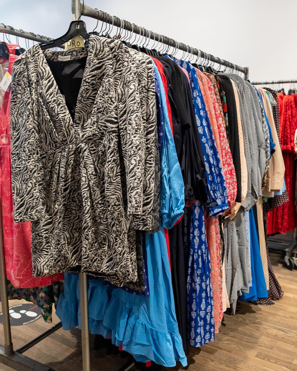 Scanlan Theodore, Jennifer Fisher, & Peserico Sample Sale in Images