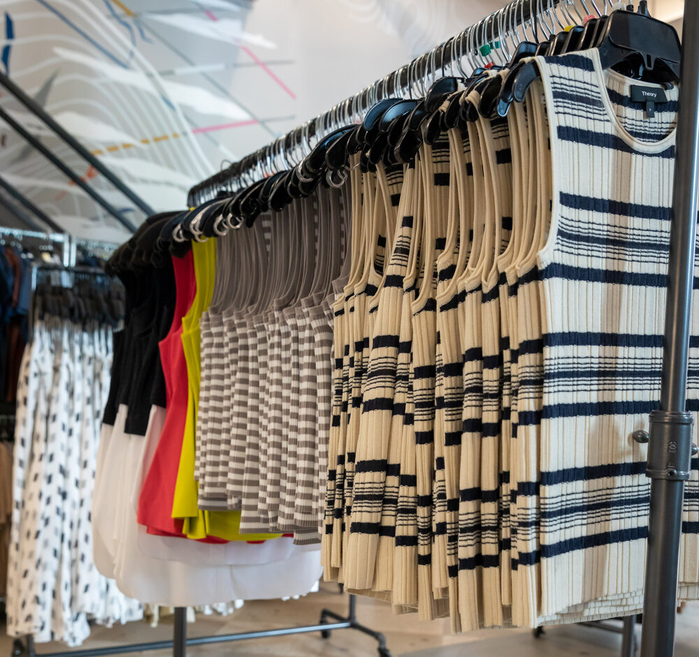 Theory Sample Sale in Images