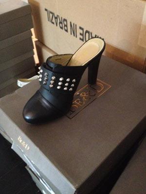 Be & D Black Hadleigh Heel ($70, orig. $385)