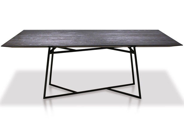 Cliff Young award-winning RoRo dining table