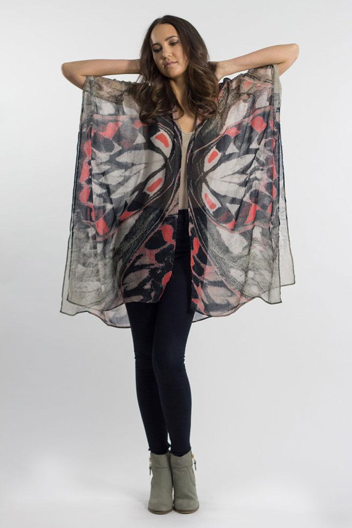 Elizabeth Gillett Aria kimono: $60 (retail $125)