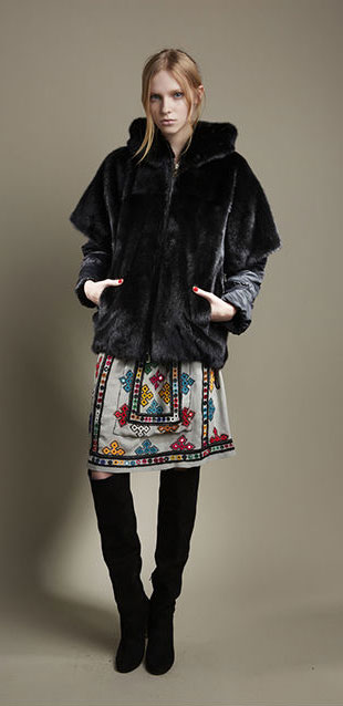 Giuliana Teso Short Black Fur Coat