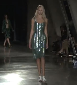 Jonathan Saunders: Iridescent Fabrics. 2013 spring and summer fashion trend