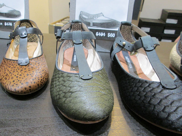 'Wren' Flats for $60 down from $191