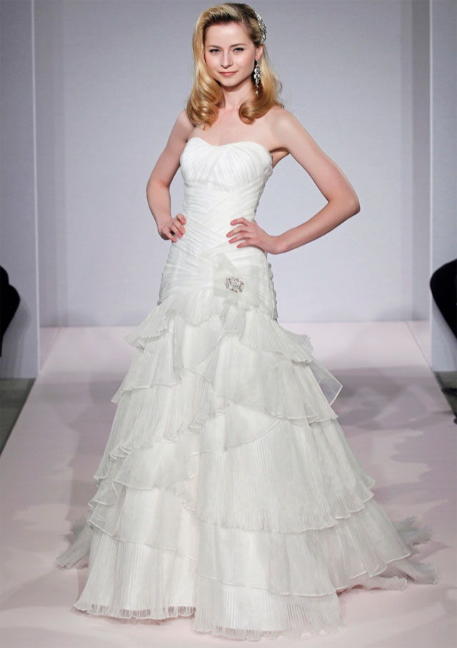 Sample Sale Wedding Dresses Nyc 38 Fabulous Michelle Roth Bridal u