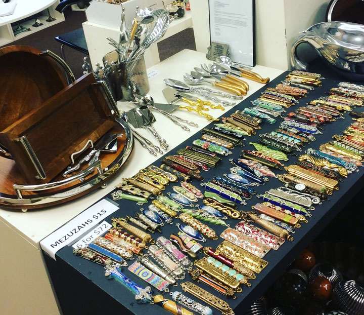 Quest Chanukah and Christmas Sample Sale