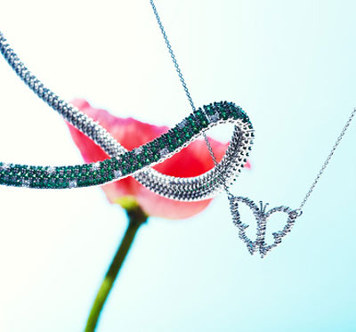 Fine Jewelry by Robert Coin Starting at Gilt at 12 p.m.
