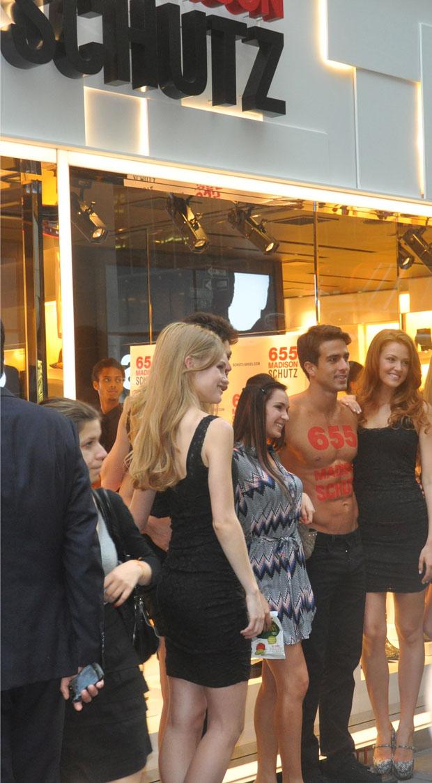 SCHUTZ Fashion's Night Out 2012