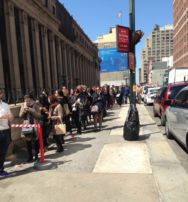 Roger Vivier Sample Sale: Six Hour Wait For Stilettos!
