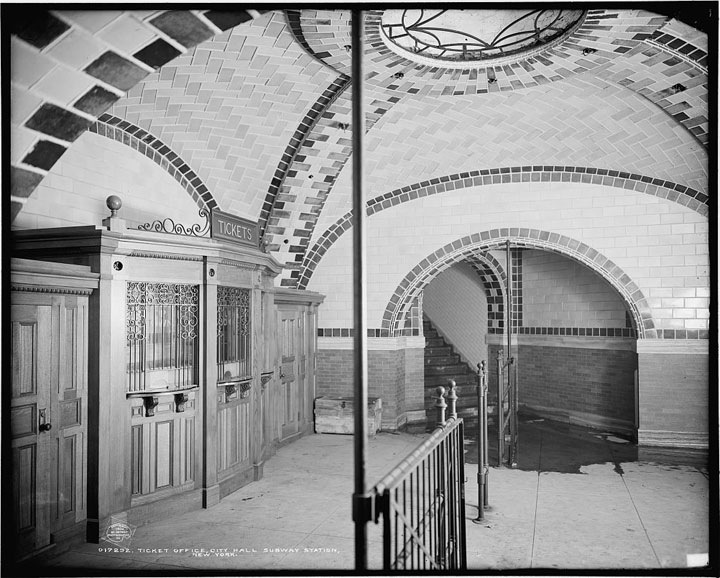 Ticket office, City Hall subway station