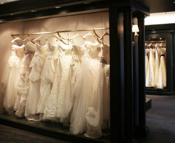 Vera Wang Bridal & Eveningwear Sample Sale