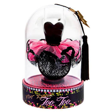 Meet Betsey Johnson and Her Debut Fragrance at Sephora 5th Ave: 10/13