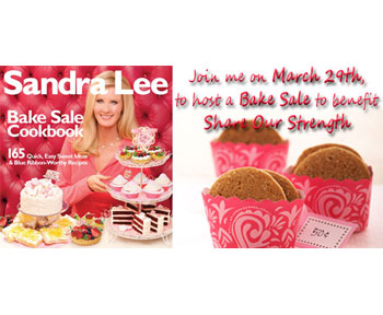 Sandra Lee Hosts The World's Largest Bake Sale at NYC Grand Central Terminal 3/29