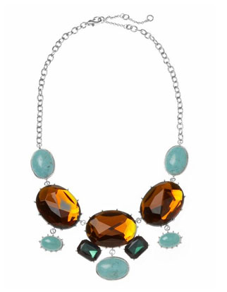statement-necklace-trend.jpg