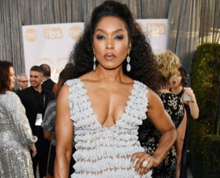 Angela Bassett Sparkles at the Annual Screen Actors Guild Awards