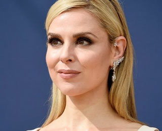 Trend Alert: Cara Buono Wears Diamond Ear Climber