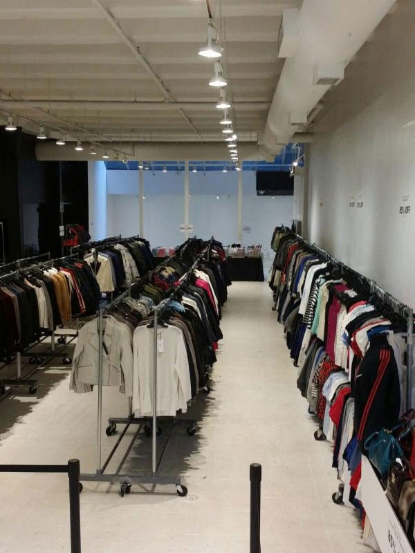 Pics from Inside the GANT Sample Sale
