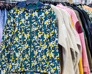 OUTDOOR VOICES SAMPLE SALE IN IMAGES