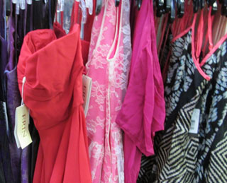 Vente-Privee Sample Sale, A Must For Fancy Dresses, Not Worth Your Time For Everything Else