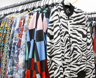ALICE + OLIVIA SAMPLE SALE IN IMAGES