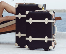 Steamline Luggage Sample Sale