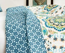 Pile On Style: Warm, Cool, & Neutral Quilts Online Sample Sale @ Ruelala.com