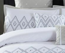Make a Pretty Bed: Comforters, Duvets, & More Online Sample Sale @ Ruelala.com
