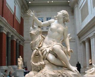 The Fashion & Beauty Tour of the Metropolitan Museum of Art